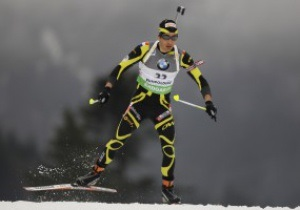 Биатлон: Фуркад выиграл стартовую гонку сезона, Седнев - 22-й