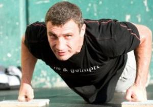 Бой Виталия Кличко с Марко Хуком может состояться уже в феврале