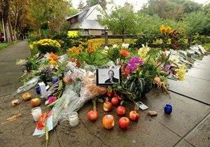 Apple предупредила полицию о скорой кончине Джобса за несколько дней до его смерти