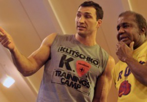 Чемпион WBA отказался работать с наставником Владимира Кличко