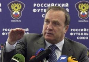 Тренер сборной России разрешил игрокам курить и пить все, что они хотят