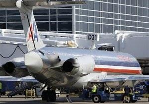 Акции третьего по величине американского авиаперевозчика рухнули на слухах о банкротстве