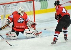 ВХЛ: Донбасс начинает трехматчевое турне по России с победы в Санкт-Петербурге