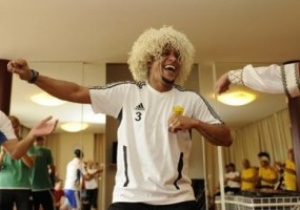 Агент: Анжи предложил Роберто Карлосу стать играющим тренером