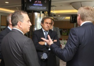 Платини: Украина почти готова к Евро-2012