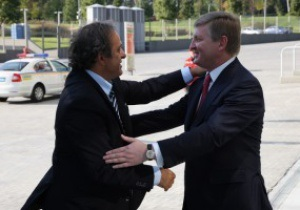 В рамках инспекции UEFA Мишель Платини поcетил Донецк