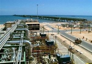 Итальянская ENI возобновила добычу нефти на 15 ливийских скважинах