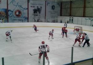 Сокол отгрузил восемь шайб новичкам из Винницы, львовские Львы преподнесли сенсацию в Киеве