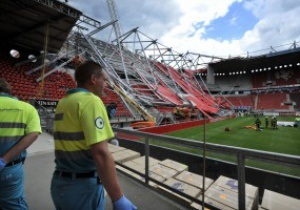 UEFA разрешил голландскому клубу играть на стадионе, на котором обрушилась крыша