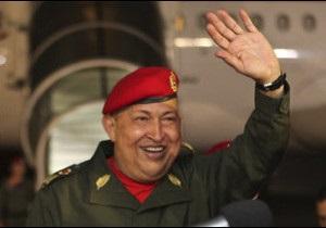 Уго Чавес знову поїхав лікуватися на Кубу