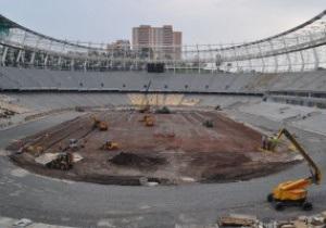 На НСК Олимпийский начата укладка поля