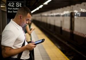 К маю 2012 года в киевском метро может появиться мобильный интернет