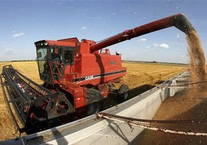 Ъ: Нафтогаз может потерять $30 миллионов на поставках льготного топлива аграриям