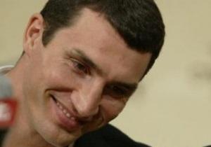 Кличко рассказал, как дочь Игоря Суркиса принесла ему удачу в бою