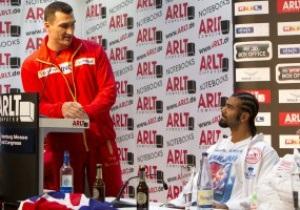 Фотогалерея: Словесный клинч. Кличко и Хэй сошлись на пресс-конференции