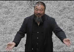 У Китаї звільнили художника Ай Вейвея