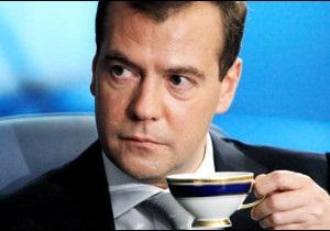 Медведєв не конкуруватиме з Путіним на виборах