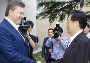 Дипломат: Китай - це не лише товари на речових ринках
