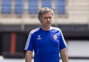 Моуриньо будет следить за трансферной политикой Гвардиолы