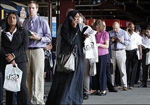Українська служба Бі-бі-сі: Безробіття у США досягло критичної позначки