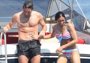 Футболист Челси сделает предложение своей девушке  на яхте Абрамовича