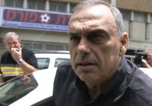Аутсайдер Премьер-лиги отправил в отставку главного тренера