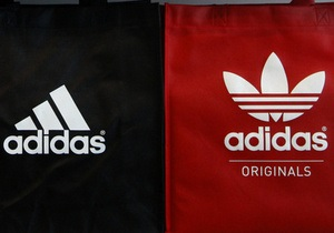 Российскую компанию оштрафовали по иску Adidas