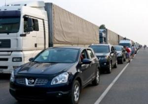 На украино-российской границе образовалась пробка после матча Шахтер-Барселона