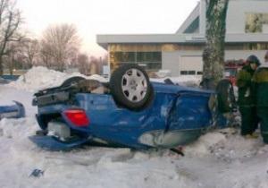 В автокатастрофе погибла жена вратаря Зенита
