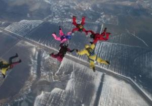 Українські парашутисти встановили новий світовий рекорд