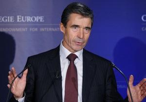Расмуссен: НАТО може допомогти забезпечити безпеку Євро-2012
