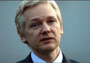 Засновника Wikileaks віддадуть Швеції
