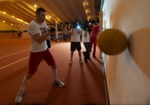 Фотогалерея: Месяц на подготовку. Репортаж из тренировочного лагеря Виталия Кличко