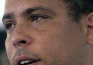 Фотогалерея: Со слезами на глазах. Роналдо попрощался с футболом