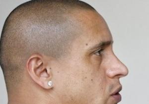 Роберто Карлос разорвал контракт с Коринтиансом