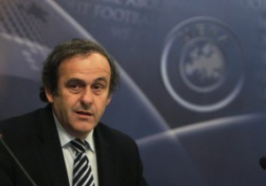 Платини не против того, чтобы ЧМ-2022 по футболу прошел зимой