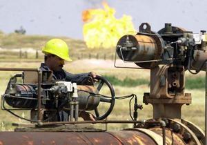 Укрнафта может поднять цену нефти на 25% в январе - эксперт