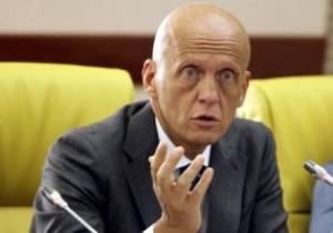 Коллина: На Евро-2012 может быть украинская бригада арбитров