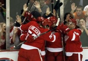 NHL: Детройт дожимает Ванкувер в овертайме