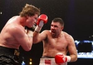 Поветкин победил Фирту, сломал руку и вызвал на бой Кличко