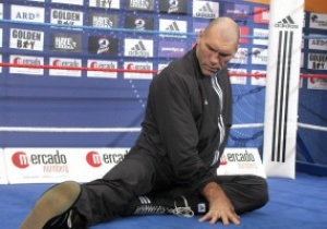 Валуев не сможет выйти на ринг против Кличко
