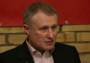 Источник: Янукович вызвал Суркиса к себе в связи со скандалом вокруг Евро-2012