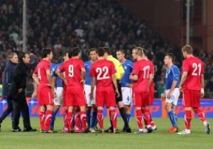 УЕФА решит судьбу матча Италия-Сербия 28 октября