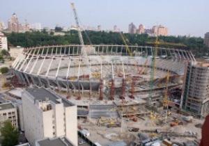 НСК Олимпийский начали отделывать гранитом