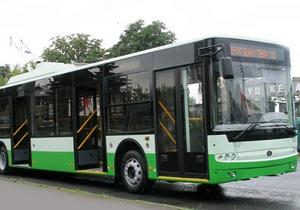 Богдан или ЛАЗ: Вокруг закупки Харьковом троллейбусов и автобусов разгорелся конфликт