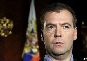 Медведєв атакує Лукашенка -відеоблогом