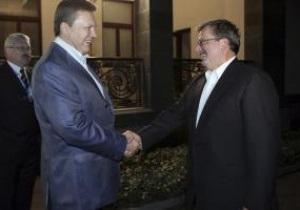 Коморовський: Швидкість підготовки України до Євро-2012 непогана, Польщі - дуже