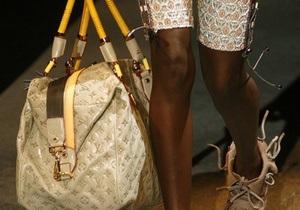 Louis Vuitton вынужден поднять цены на сумки