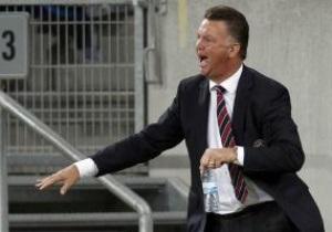 Луї ван Гал тренуватиме Баварію ще два сезони