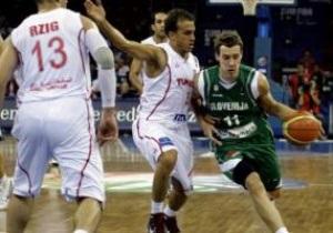 ЧС-2010. Словенія розгромила Туніс, Австралія ледь не програла Йорданії
